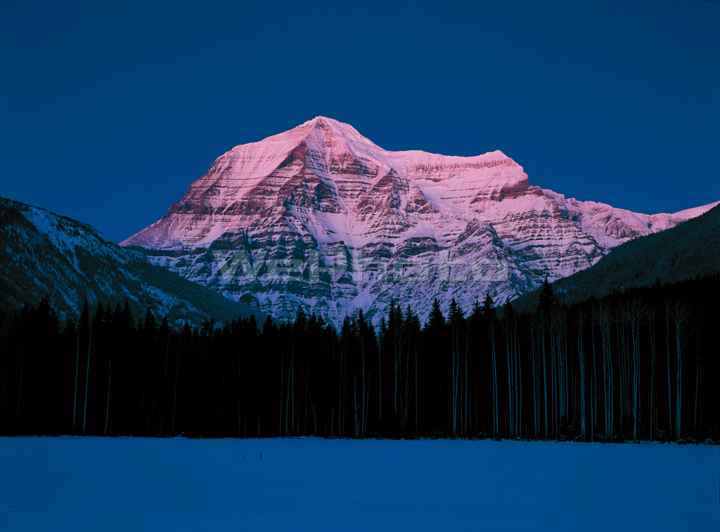 BLUE MOMENT /Mount Robson PM5:27(228)